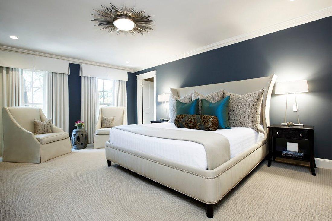 Накладной потолочный светильник в спальни с низким потолком